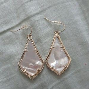 Kendra Scott earrings EUC